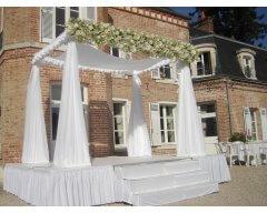 decoration exterieure fleurs blanc