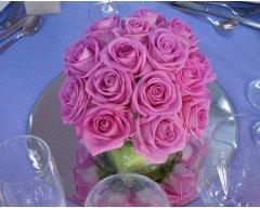 decoration table boule de roses rose