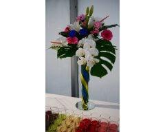 decoration table vase cannele fleurs bleu et blanc