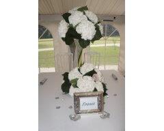 decoration table vase cannele fleurs hortensias blanc