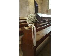 decoration eglise banc boule de gypsophille