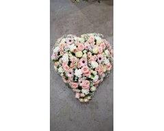 composition florale deuil coussin coeur rose blanc