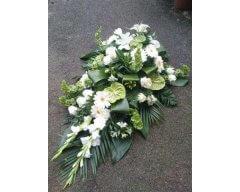 composition florale deuil raquette blanc et vert