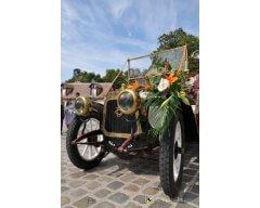 ddecoration vehicule fleurs exotique.JPG